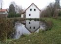Chalupa u potoka - Labuť